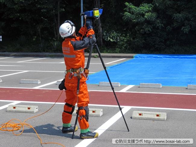 早期警戒用の監視キットのセンサー組み立て。