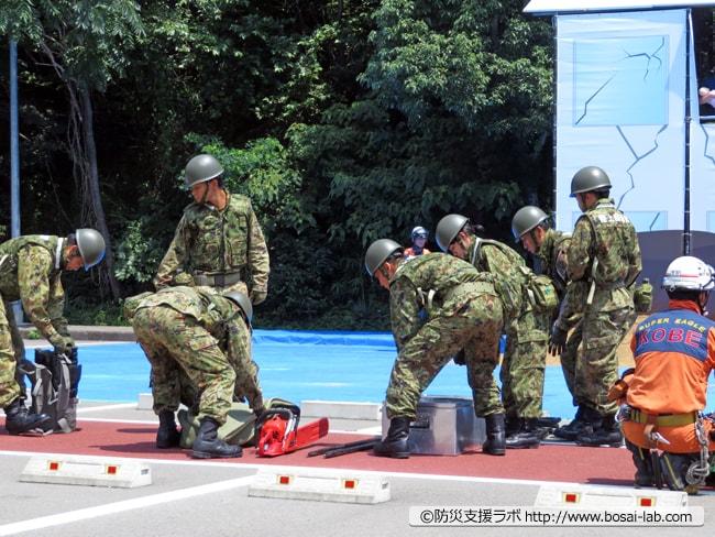 陸上自衛隊第3特科隊も被災した現場へと合流。
