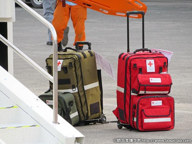 災害発生時、どのようなバッグを選択すべきか。防災グッズのセット品についてくるバッグは役立つか?